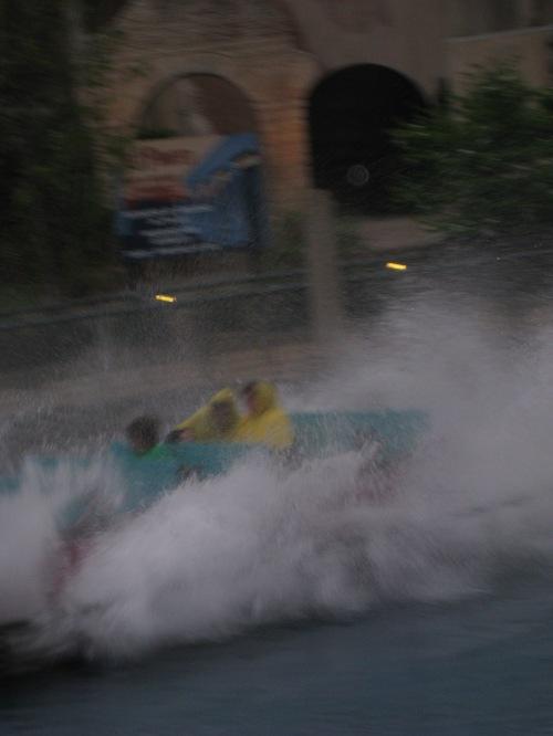 Splash down at ride in Busch Gardens in Virginia
